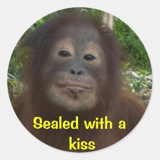 Sticker Rond Scellé avec un baiser