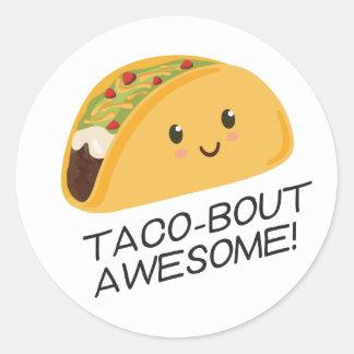 Sticker Rond Taco-accès mignon de taco de Kawaii impressionnant
