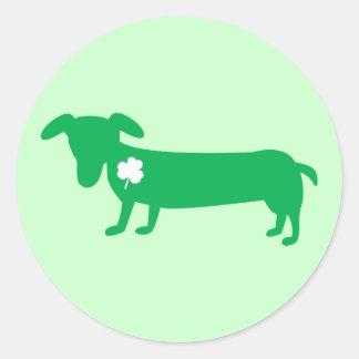 Sticker Rond Teckel du jour de St Patrick