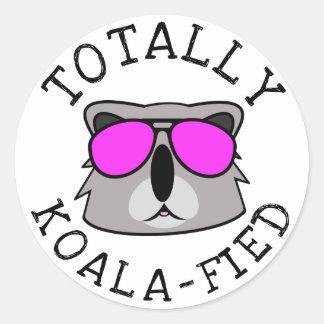 Sticker Rond Totalement Koalafied