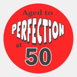 Sticker Rond Vieillissez à la perfection au cinquantième