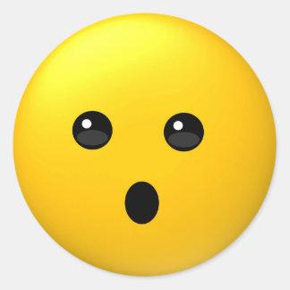 Sticker Rond Visage avec l'autocollant ouvert d'emoji de bouche