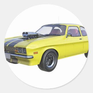 Sticker Rond voiture de muscle des années 70 en jaune et noir