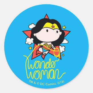 Sticker Rond Vol de femme de merveille de Chibi avec le lasso