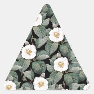 Sticker Triangulaire Camélia blanc sur le motif noir