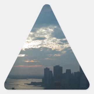 Sticker Triangulaire Coucher du soleil Manhattan1