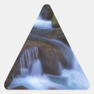 Sticker Triangulaire Crique brumeuse