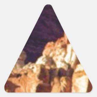 Sticker Triangulaire formations de roche rouges dans la pierre