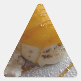 Sticker Triangulaire Gâteau couvert par confiture de crème glacée