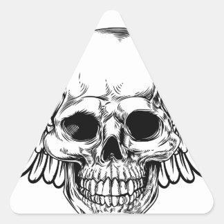 Sticker Triangulaire La gravure sur bois vintage à ailes en crâne a