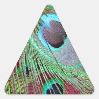 Sticker Triangulaire La plume débordante de paon d'oeil bleu