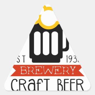 Sticker Triangulaire Modèle de conception de logo de brasserie de
