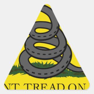 Sticker Triangulaire ne font pas - tread-on-net2