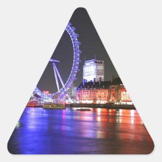 Sticker Triangulaire Oeil de Londres la nuit