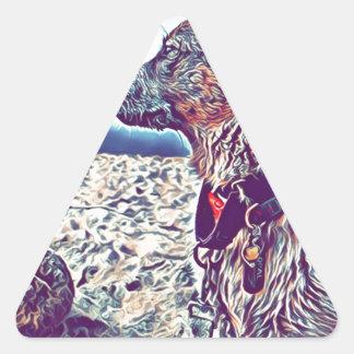 Sticker Triangulaire Opale le bon à rien Heeler de plage