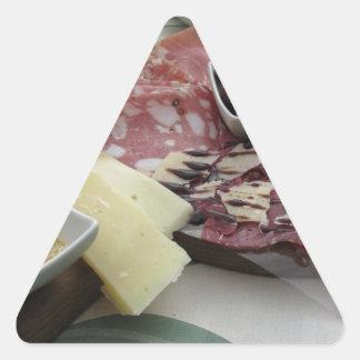 Sticker Triangulaire Plateau des coupes froides avec le prosciutto