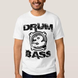 Subwoofer de tambour et de basse t-shirts
