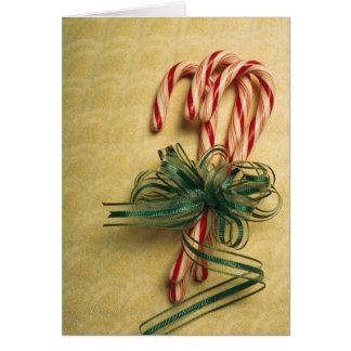 Sucres de canne attachés avec le ruban carte de vœux