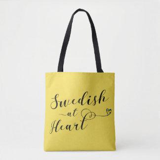 Suédois au sac d'épicerie de coeur