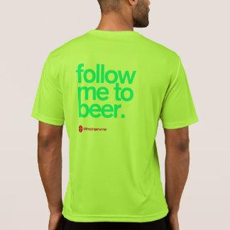 SUIVEZ-MOI à la technologie courante T de BIÈRE T-shirts