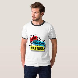 Sujets justes de logement - la chemise des hommes t-shirt