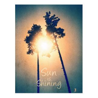 Sun est brillant carte postale