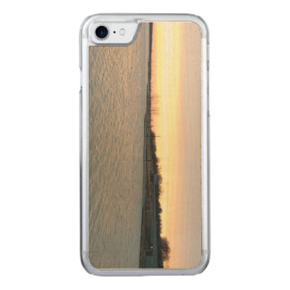 Sun et lac coque carved iPhone 8/7