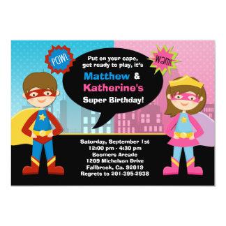 Super héros et invitation superbe de fête