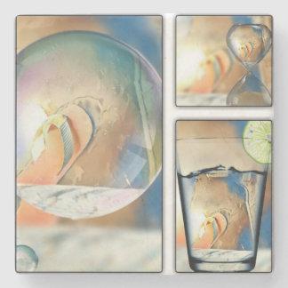 Sur les dessous de verre de plage dessous-de-verre en pierre