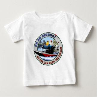 Sur un Airboat personne peut vous entendre crier T-shirt Pour Bébé
