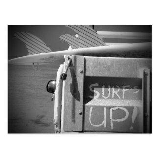 Surfer haut du surf de planche de surf de surf cartes postales