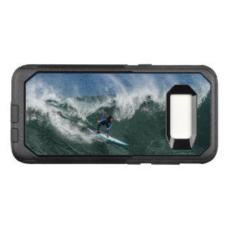 Surfer sur la planche de surf bleue et blanche coque samsung galaxy s8 par OtterBox commuter