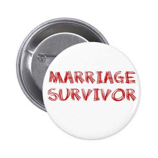 Survivant de mariage - 1 - rouge badges avec agrafe