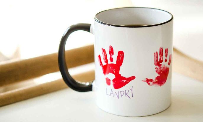 Personnalisez des mugs pour vos amis, votre famille ou tout simplement pour vous.