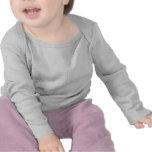 <p>Habillez votre bébé dans ce luxueux t-shirt à manches longues de Bella. Votre bébé aura une superbe allure et se sentira très bien dans ce t-shirt adorable, avec n'importe quelle personnalisation. 100 % coton prérétréci super doux, tricot à côtes fines 1 x 1. Col enveloppe pour un habillage aisé. Créez votre propre t-shirt personnalisé ! </p> <p>Taille et forme</p> <ul> <li> Tailles enfants : 3/6, 6/12, 12/18, 18/24 mois</li> <li> Col enveloppe pour un habillage aisé.</ul> <p>Tissu et entretien</p> <ul> <li> 100 % coton peigné et filé à l'anneau</li> <li> 1 x 1 tricot à côtes fines, très doux</li> <li> Importé</li> <li> Lavable en machine à l'eau chaude. Utilisez un javellisant sans chlore. Séchable en machine cycle doux. </li></ul>