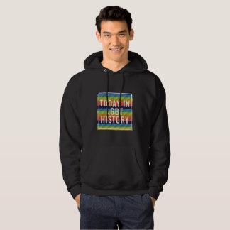 Sweat - shirt à capuche noir à l'appui du LGBT+ la
