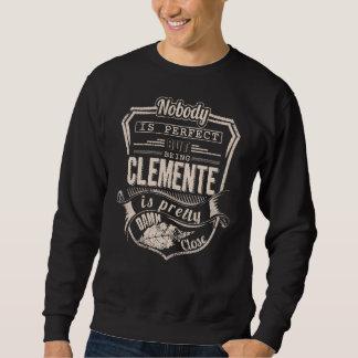 Sweatshirt Être CLEMENTE est joli. Anniversaire de cadeau