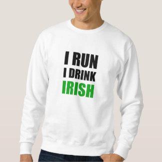 Sweatshirt Je cours des Irlandais de boissons