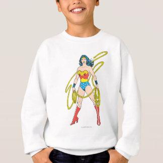 Sweatshirt La femme de merveille tient le lasso 5