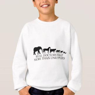 Sweatshirt Les vrais médecins (vétérinaires) traitent plus