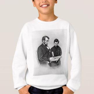 Sweatshirt Lincoln lisant avec le fils Tad badine le