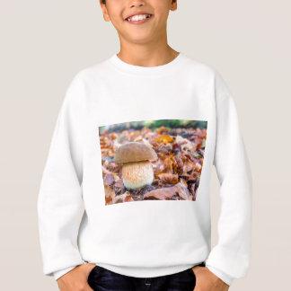 Sweatshirt Pain d'écureuil de champignon avec le feuille dans