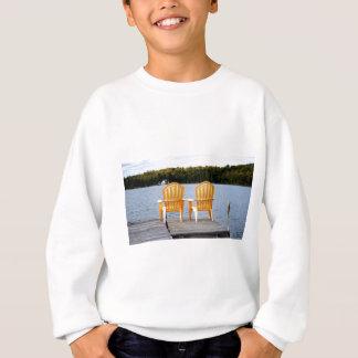 Sweatshirt Se reposer sur le dock par la baie