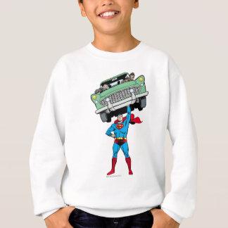 Sweatshirt Superman tient une voiture