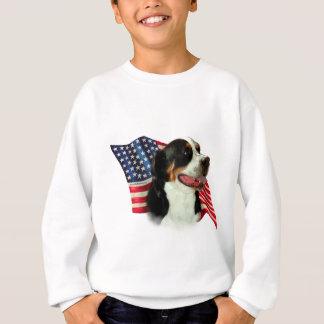 Sweatshirt Un plus grand drapeau suisse de chien de montagne