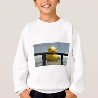 Sweatshirt Vue de QUACKEN du pont vers l'île de St Joseph