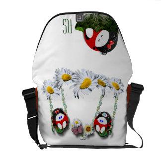 Swingin Ladybugette décoré d'un monogramme Besaces