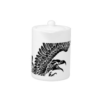 Swooping d'oiseau d'Eagle