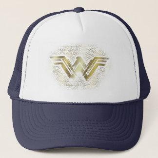 Symbole balayé d'or de femme de merveille casquette