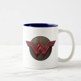 Symbole de femme de merveille au-dessus des tasse 2 couleurs